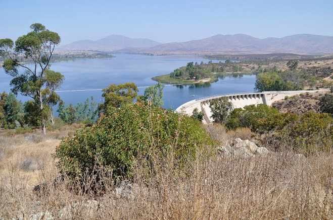 Lower Otay reservoir and dam. The reservoir's capacity is 49,849 acre-feet. Imported water helps keep levels up...at the end of October it was 73% filled (click image to enlarge).